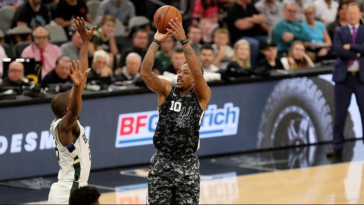 BKN Spurs guard DeMar DeRozan shooting against the Bucks 03102019