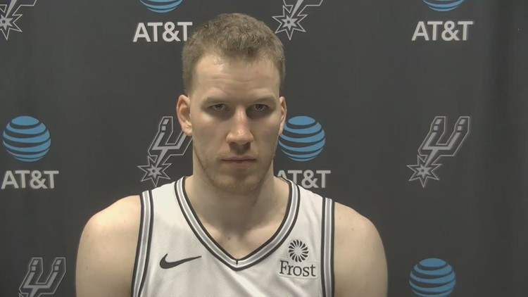 Jakob Poeltl speaks after putting up a double-double to help Spurs beat Detroit 106-91