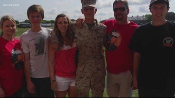 Strangers step up to help U.S. Marine whose possessions were stolen during first night in San Antonio