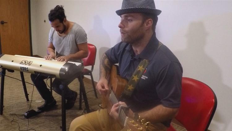 Double amputee veteran inspires through song
