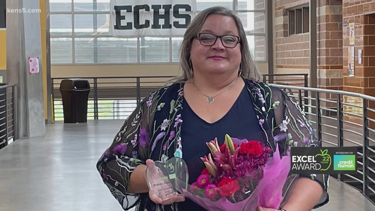 Brenda Miller wins KENS 5 EXCEL Award for East Central ISD