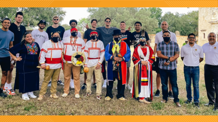 Spurs visit with American Indians in Texas to learn about the city's Indigenous history