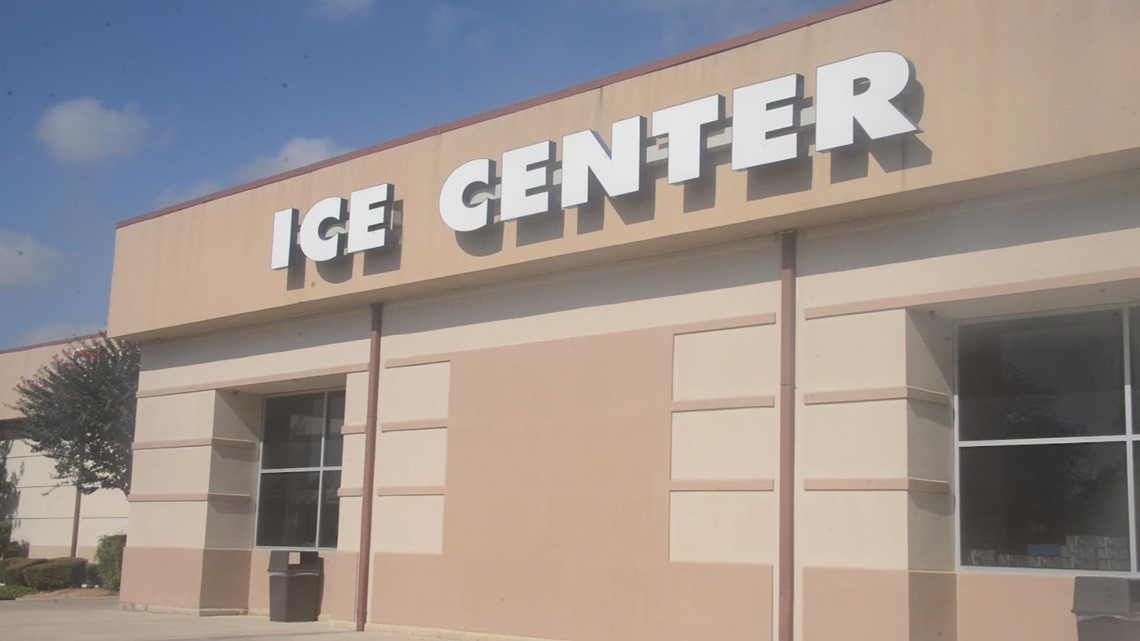 Even when it's 100 degrees out, you can ice skate your way to feeling fit!   Get Fit