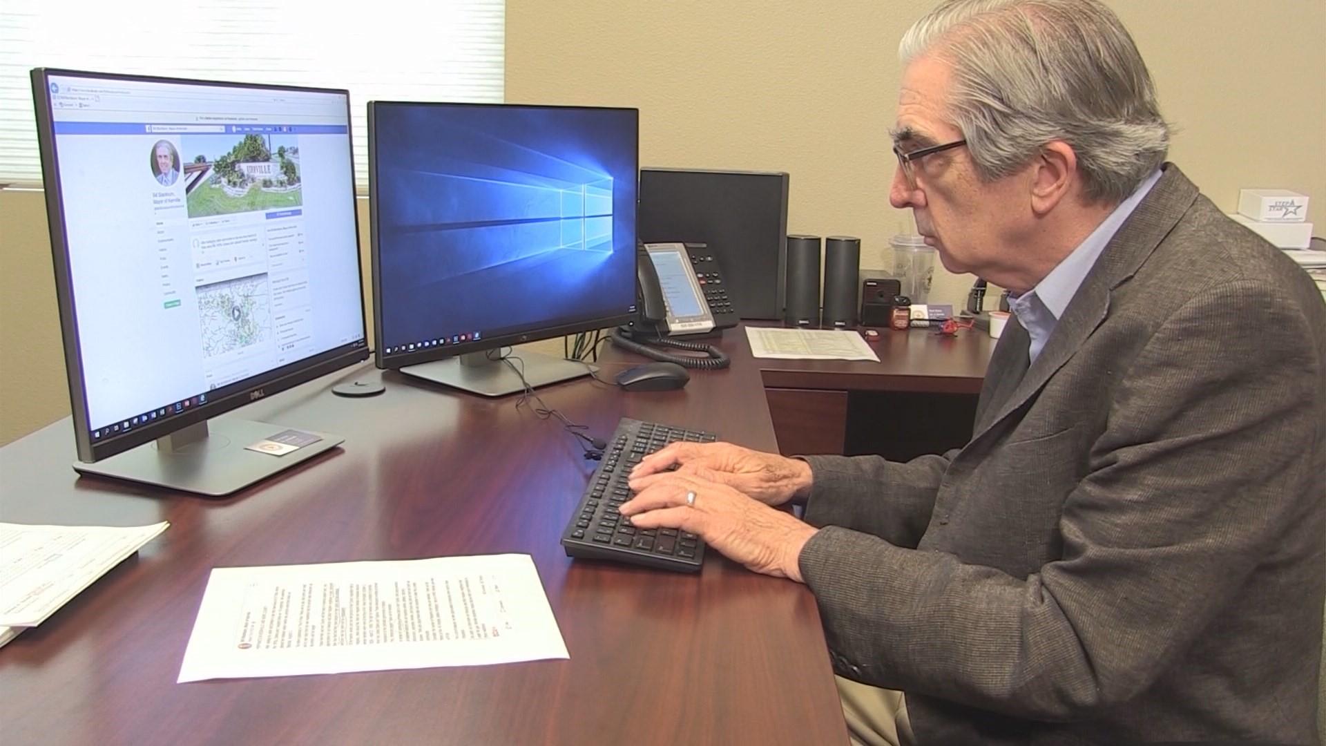 Kerrville mayor urges support for Hispanic neighbors | kens5.com