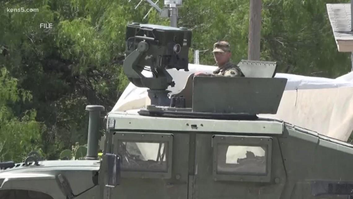 Troops headed to border to halt caravan
