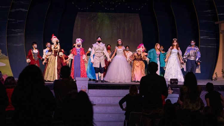 'Here we go again': San Antonio's community theatre groups raise the curtains on their fall programs