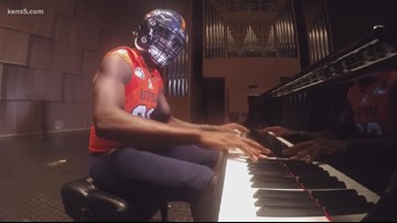UTSA football player credits the piano for his on-field success