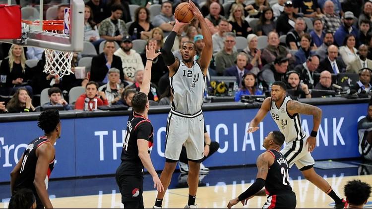 BKN Spurs power forward LaMarcus Aldridge shoots against the Blazers 11162019