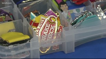 The Fiesta medal weigh-in is on, bringing collectors together