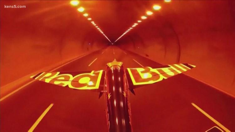 Stunt pilot flies aircraft through tunnel