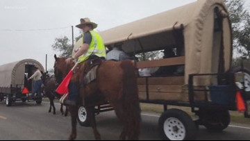 Texas Outdoors: Trailriding into SA for the Stock Show and Rodeo