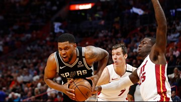 Spurs can't keep momentum against Heat in homestretch, fall in Miami, 106-100