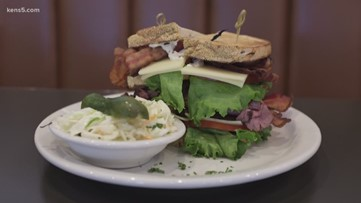 Neighborhood Eats: Max & Louie's NY Diner