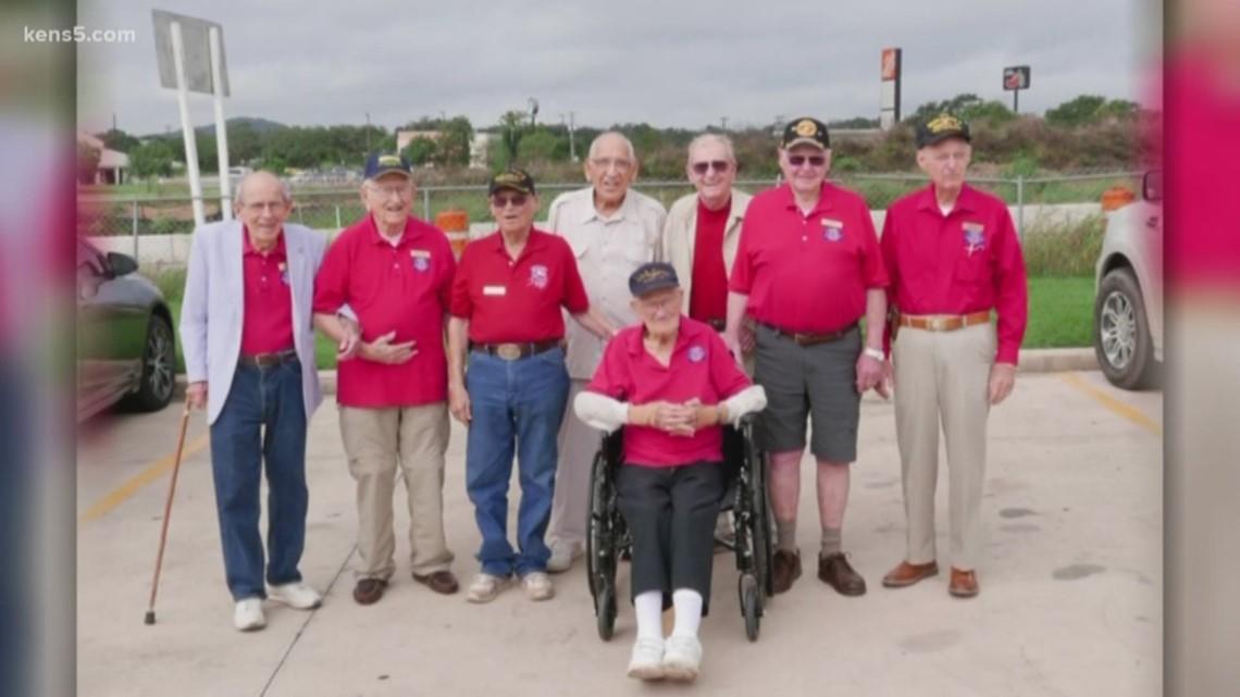 Local vets visit World War II museum