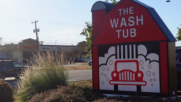 The Wash Tub giving educators, faculty, staff free full-service car wash