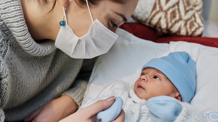 New moms showing higher rates of mental health issues since pandemic, report says
