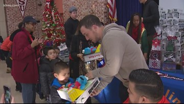 Mattress Mack, Alex Bregman surprise 500+ elementary students with toys for Christmas