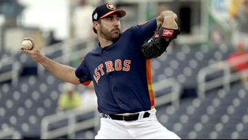 It's official: Justin Verlander is staying in Houston!