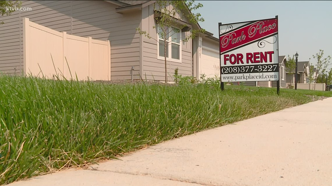 Why rent prices are going up in San Antonio   Commerce Street