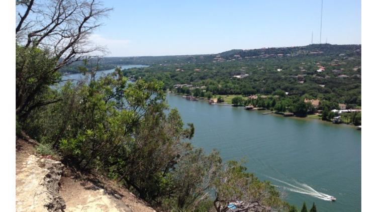 Texas House kills bill aimed at allowing Lake Austin shoreline properties to 'secede' from City