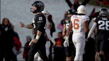 HIGHLIGHTS: Iowa State hits game-winning field goal as time expires to beat No. 19 Texas Longhorns