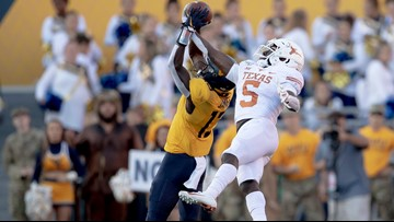 HIGHLIGHTS: No. 11 Texas Longhorns defense snags 4 interceptions en route to 42-31 win at West Virginia