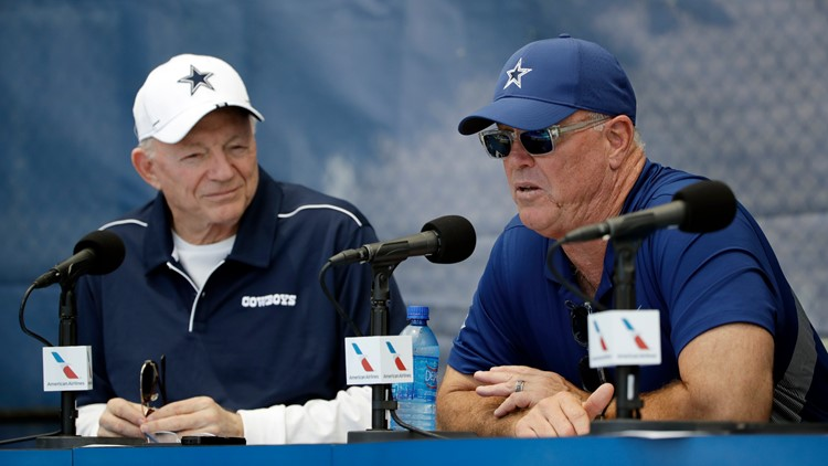 Team has 'a handful' of players yet to commit to COVID vaccination, per Jerry Jones