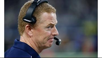 Jerry Jones emotional after Cowboys loss, stands by Garrett