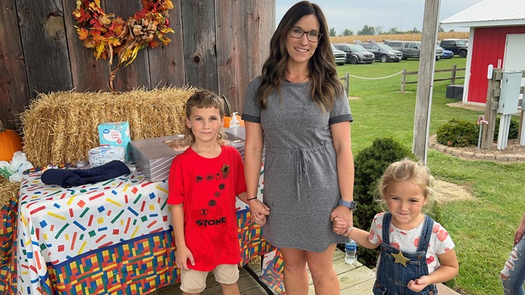 Ohio community celebrates 7-year-old boy's birthday after no one RSVPs to his party