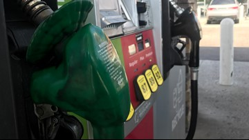 Gas prices drop as Texans hit the road for Memorial Day Weekend
