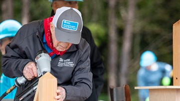 President Jimmy Carter, first lady join country music stars, hundreds of volunteers at Habitat for Humanity build